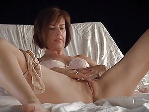 Mature Solo Porno